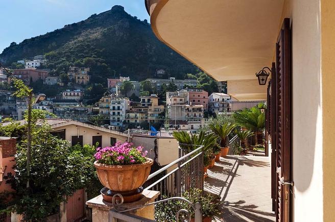 Taormina Ferienwohnung sizilien ferienwohnung für 3 personen in taormina